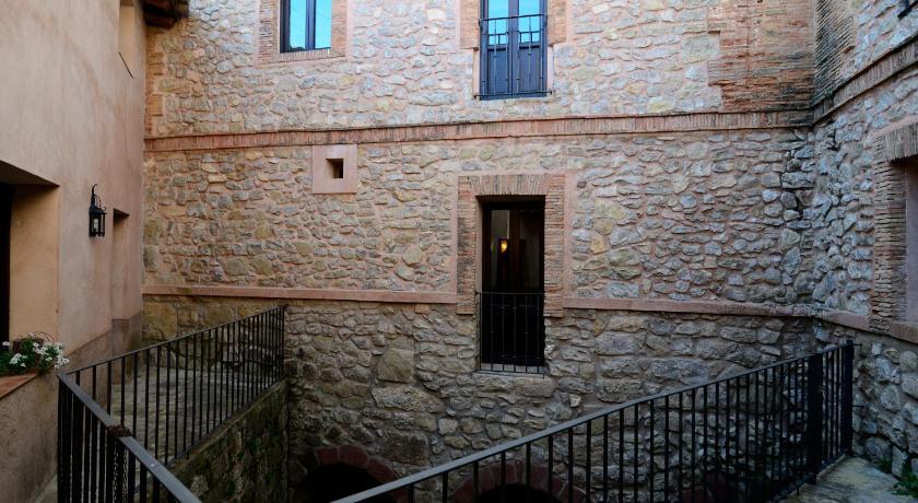 hoteles con encanto en albarracín  9