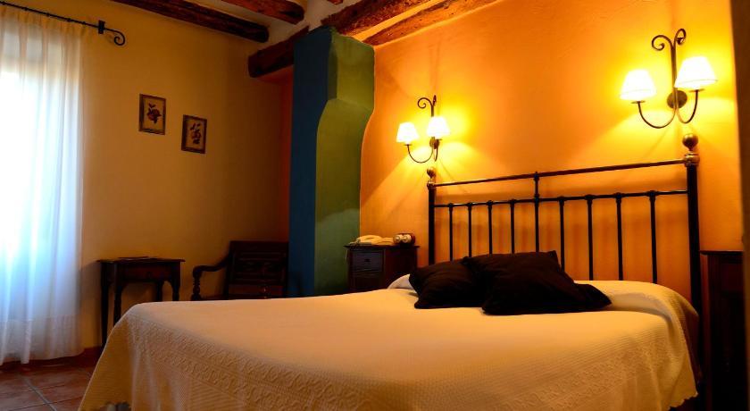 hoteles con encanto en albarracín  12