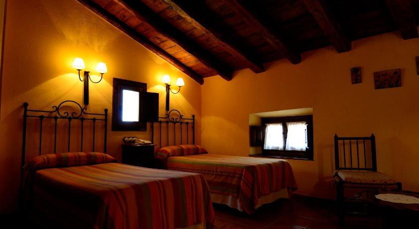 hoteles con encanto en albarracín  17
