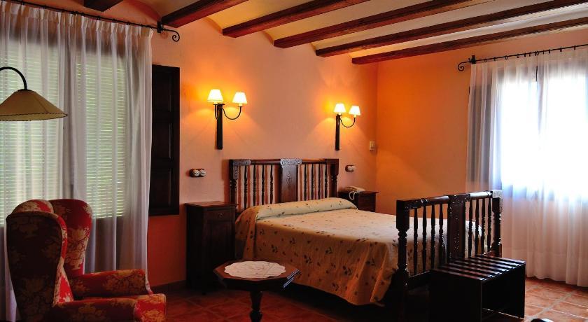 hoteles con encanto en albarracín  24