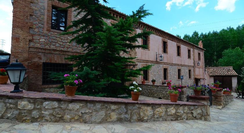 hoteles con encanto en albarracín  1