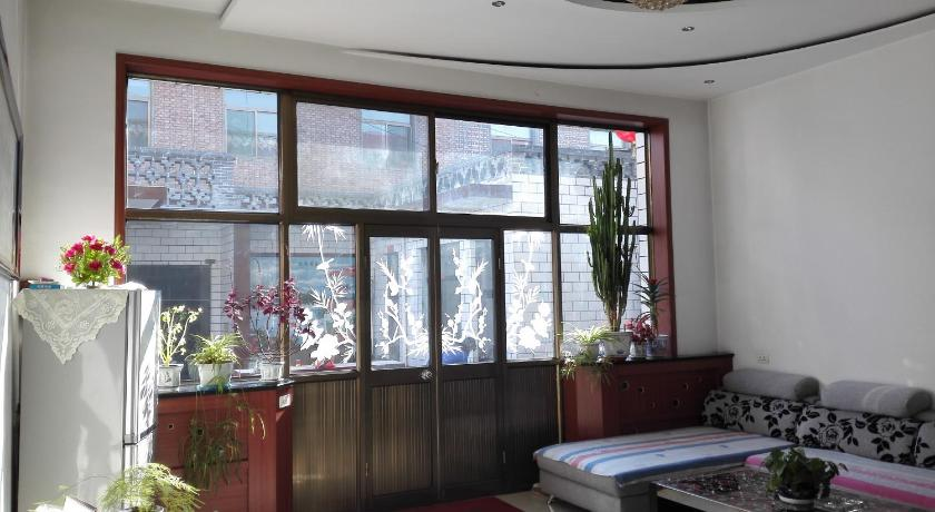 Double Room - Separate living room Pingyao Jinrong Homey Inn