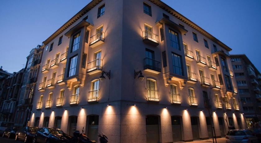 Nexus Valladolid Suites & Hotel 12