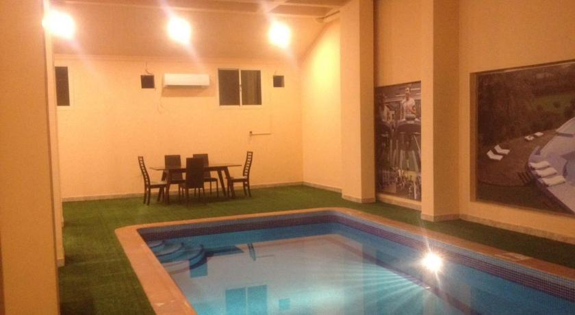 Swimmingpool Zamel Apartments - Families Only