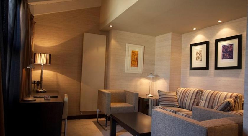 Hotel La Trufa Negra 14