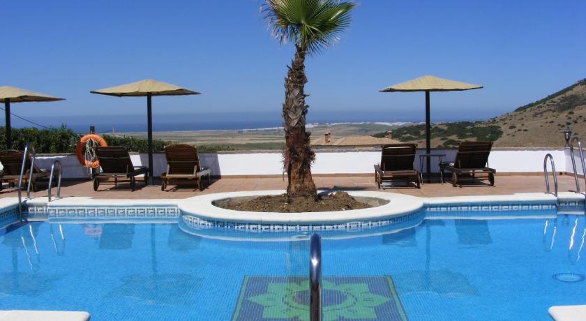 hoteles con encanto en cádiz  312