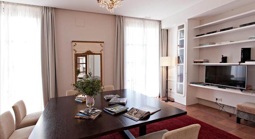 Hotel Casa Anamaria 9