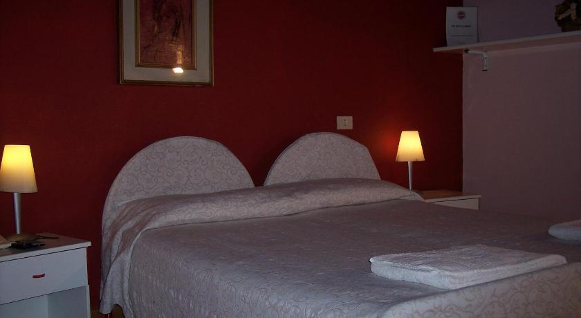 Double or Twin Room - Bed Al Caminetto