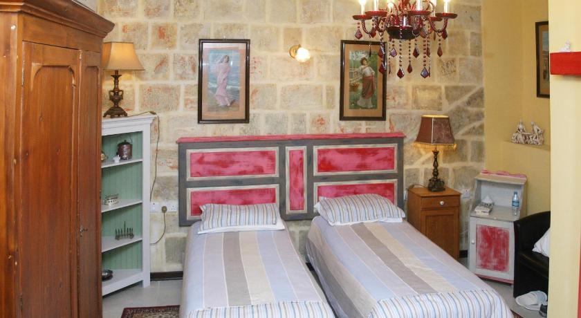Luciano Valletta Boutique Merchant Street 21 Valletta