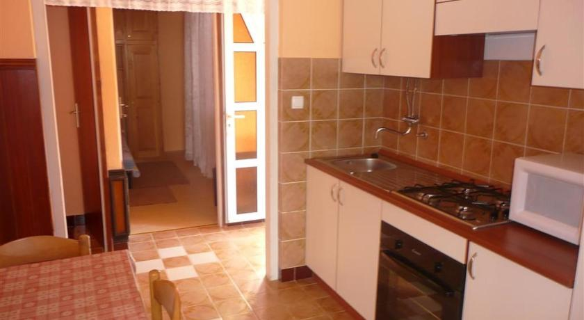 Apartment in Palit/Insel Rab 16120A