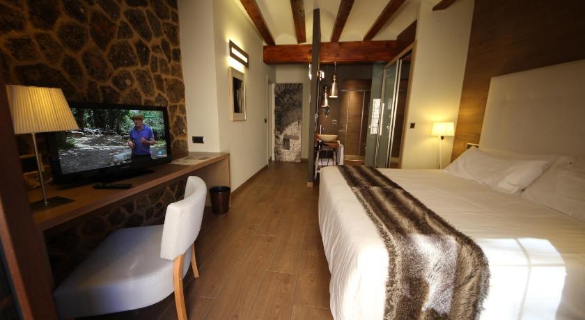 hoteles con encanto en teruel  360