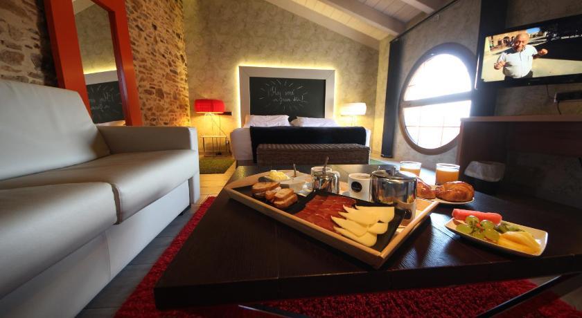 hoteles con encanto en teruel  369