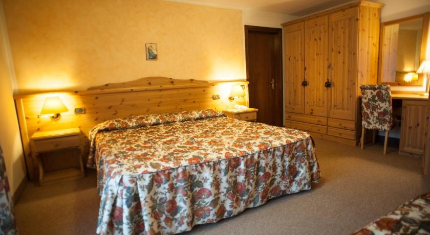 Comfort Double or Twin Room - Guestroom Hotel Belmonte