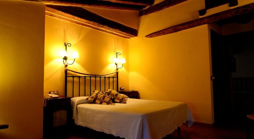 hoteles con encanto en albarracín  32