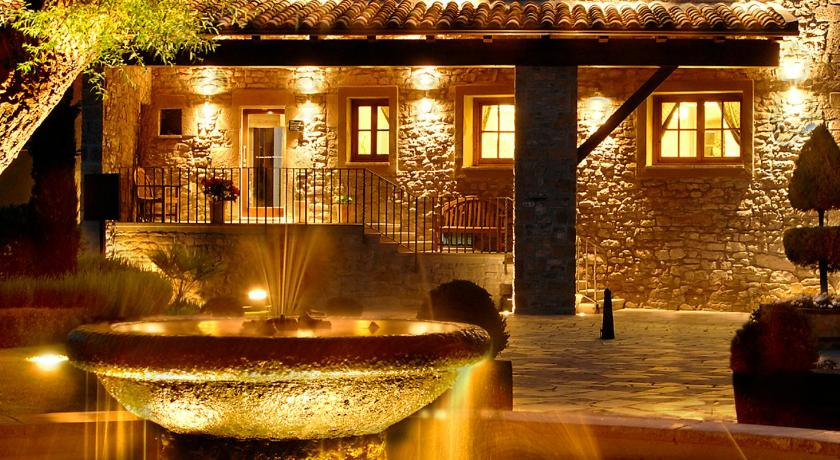 hoteles con encanto en monistrol de calders  3
