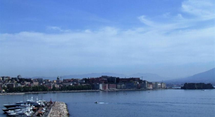 Best Price on Terrazza sul Mare Napoli in Naples + Reviews