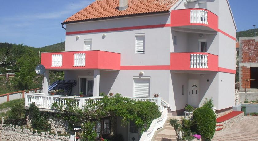 Apartments Malnar