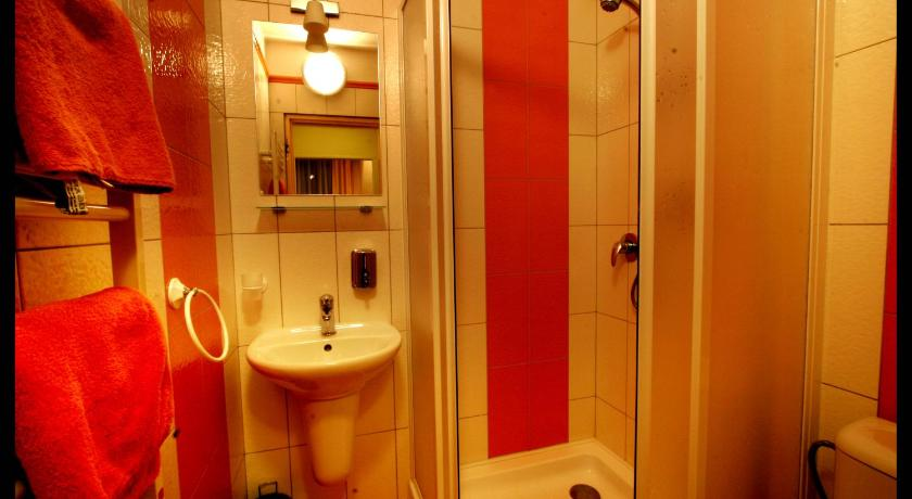 Single Room - Bathroom Hotel Verona Mea