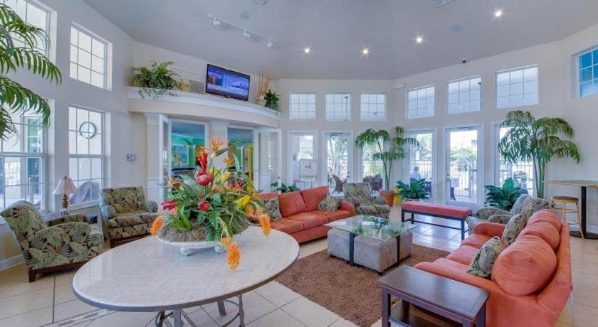 Lobby Windsor Palms 2357