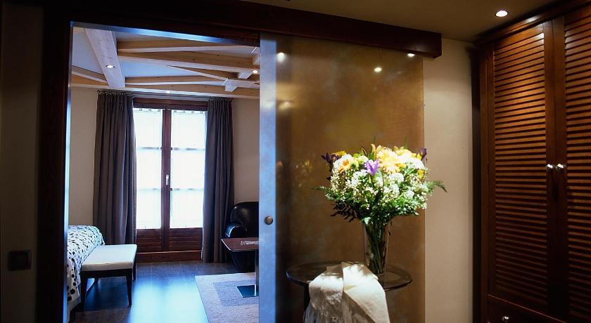 hoteles con encanto en aínsa  36