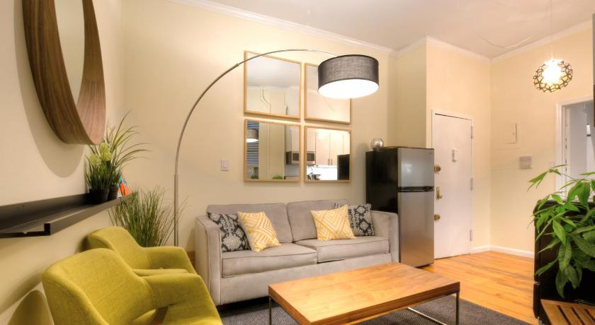 One Bedroom Apartment   Midtown Manhattan Hells Kitchen