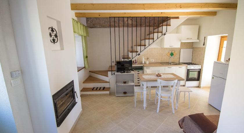 Two-Bedroom House - Facilities Holiday Home Casetta