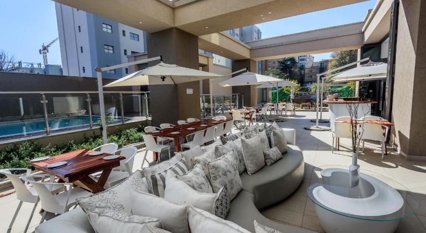 More about Sandton Skye Unit