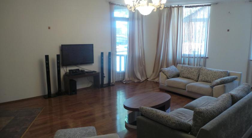Apartment near Freedom Square