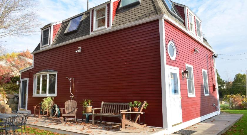 More about Little Red House