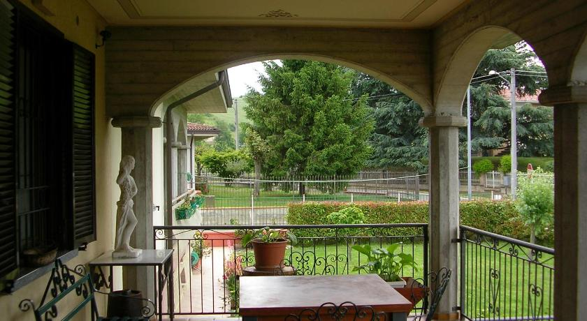 Balcony/terrace Bed & Breakfast Villa Romaniani