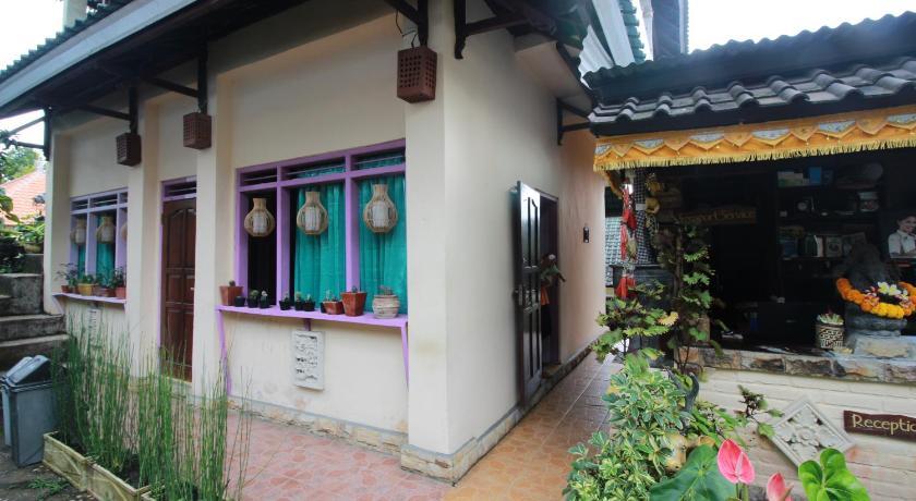 Afbeeldingsresultaat voor taman ayu homestay