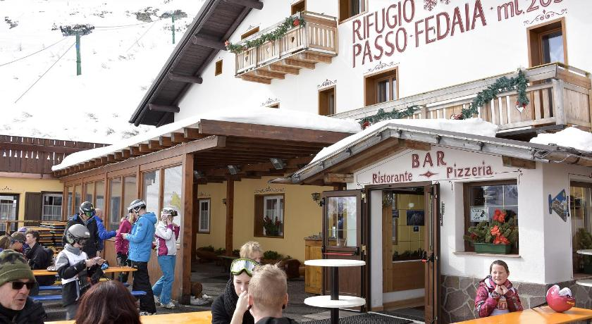 More about Rifugio Fedaia