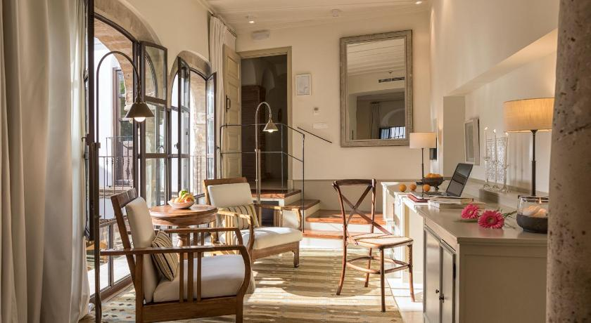 boutique hotels in córdoba  96