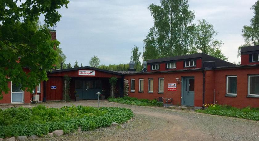Single Room with Shared Bathroom - Entrance Hotell & Camping Storlungen