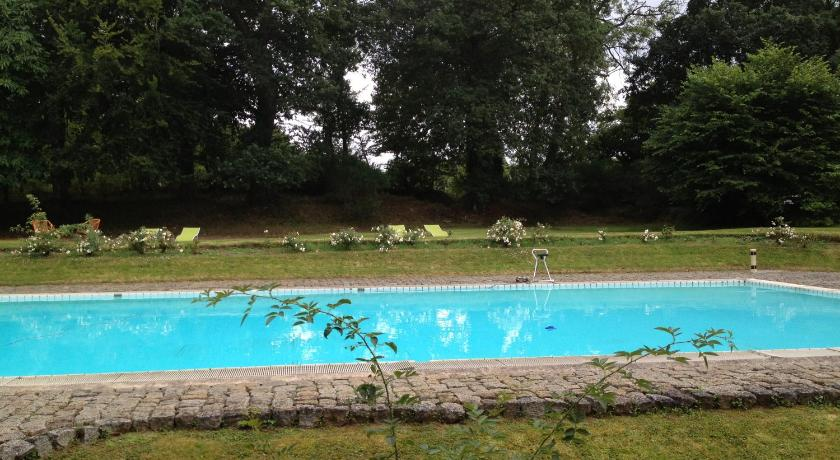 Swimming pool Le Manoir du Cleuziou