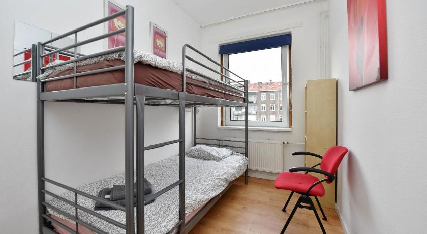 Zwei Schlafzimmer Apartment Just Stay - Admiraliteitskade Apartment