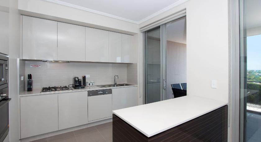 Two-Bedroom Apartment W19S 2BR Bondi Junction - Uptown Apartments