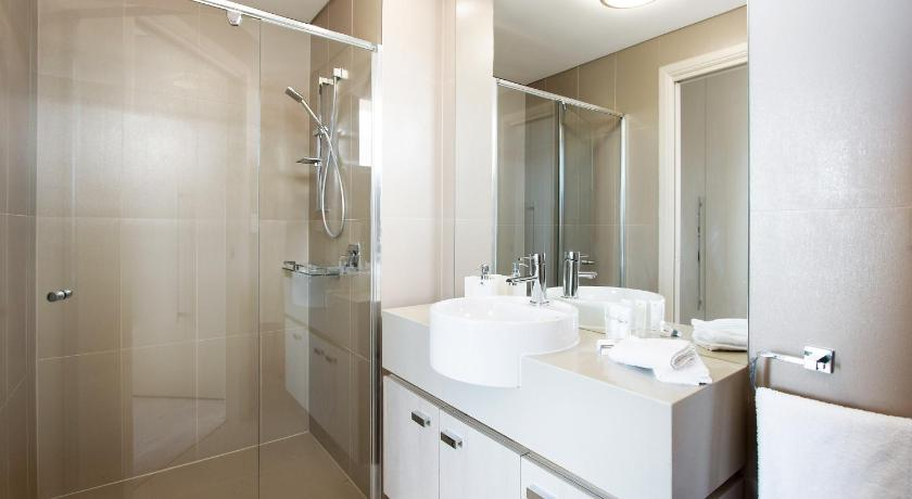 Bathroom W19S 2BR Bondi Junction - Uptown Apartments