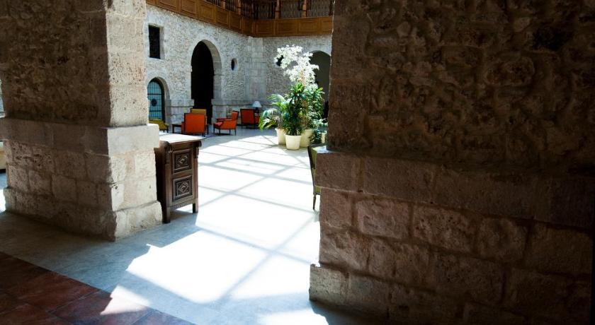 Hotel Spa Convento Las Claras-7765471