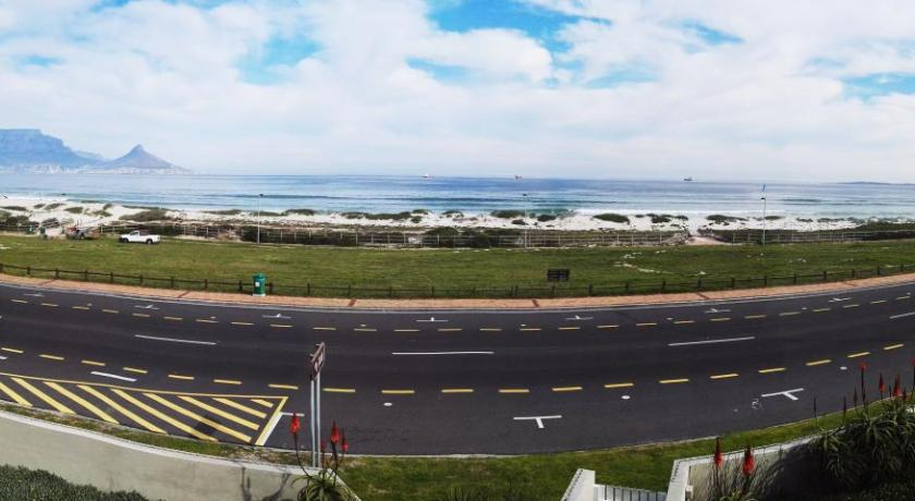 شاطئ Cape Town Beachfront Accommodation in Blouberg