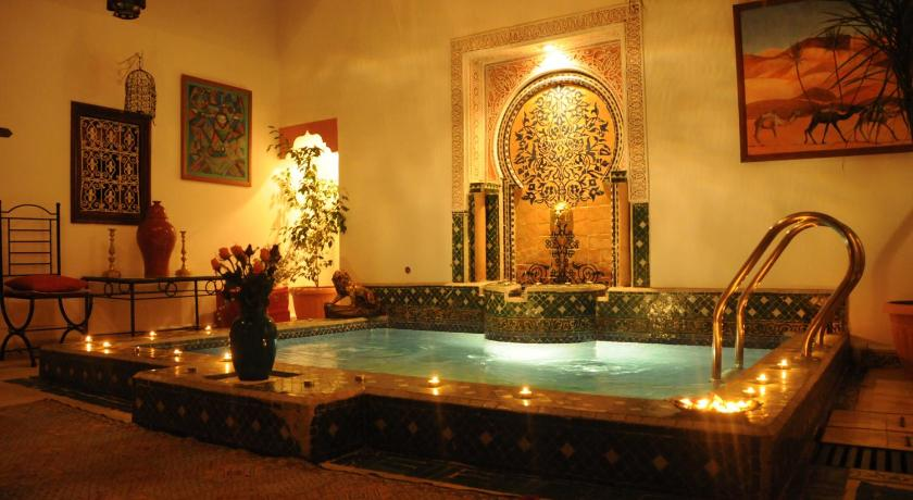 Swimming pool Riad Harmonie Kennaria