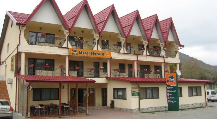 Cazare la  Motel Flora