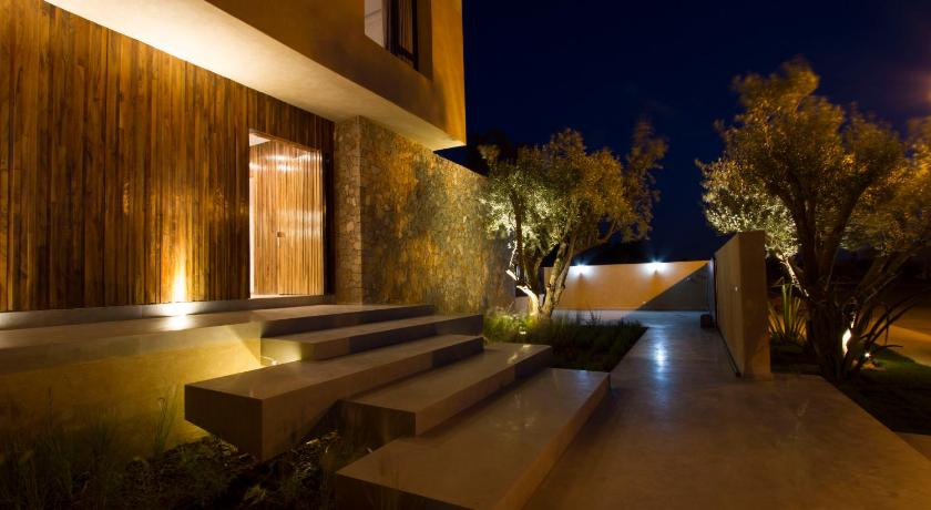 Entrance Villa Contemporaine sur Golf