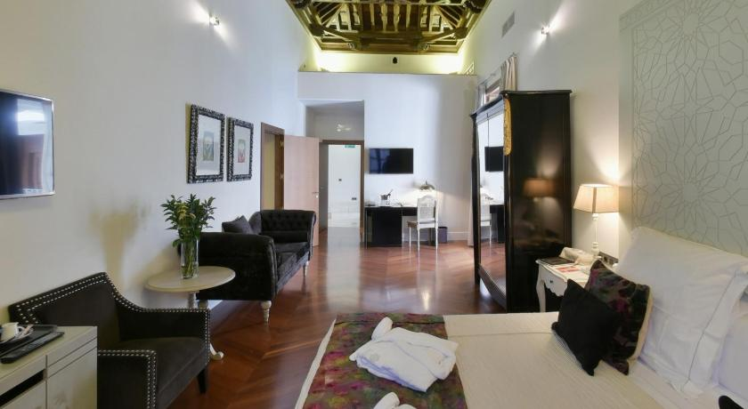 boutique hotels sevilla  320