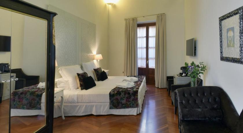 boutique hotels sevilla  322