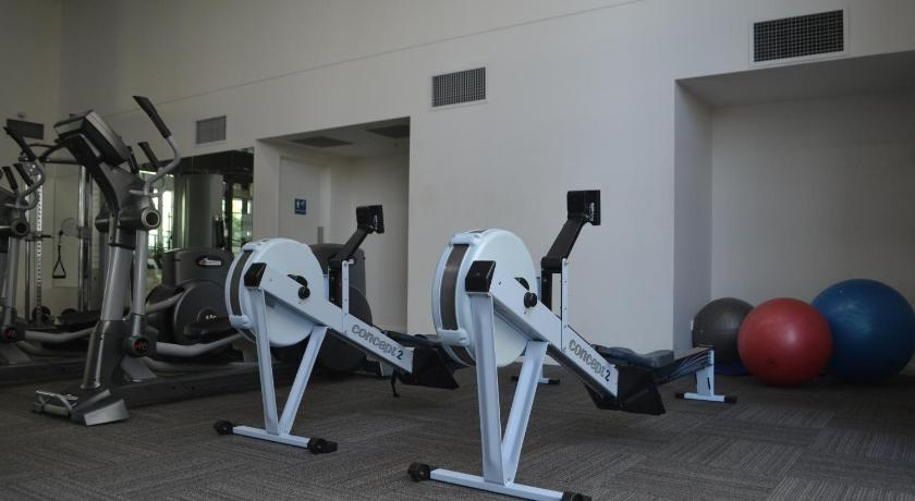 Fitness center White Wallaby