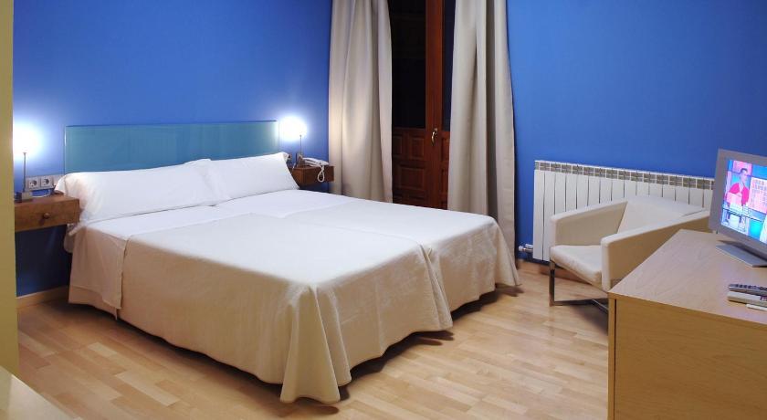 hoteles con encanto en tarazona de aragón  11