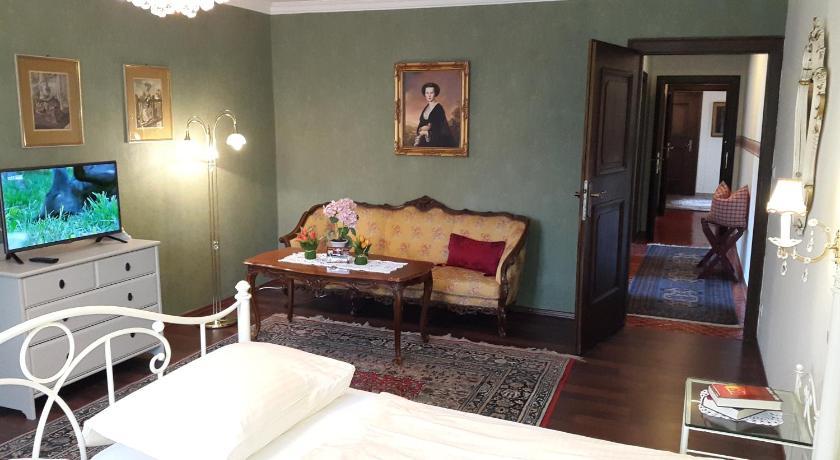 Haus am Moos in Salzburg - Room Deals, Photos & Reviews