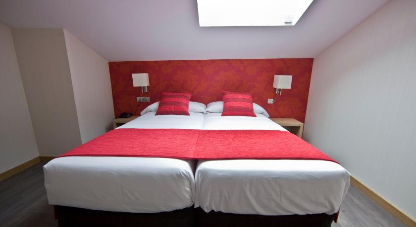 boutique hotels with family rooms en Valladolid  Imagen 18
