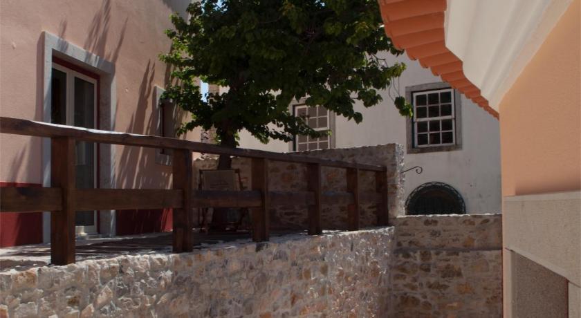 Artvilla reserve online bed and breakfast europa for Habitaciones familiares lisboa